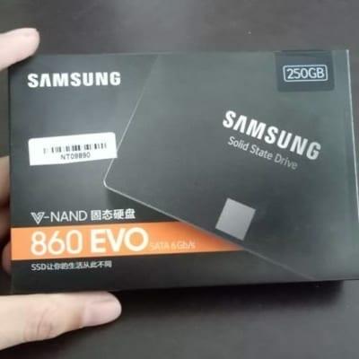 SS860Evo Laptop Lê Sơn