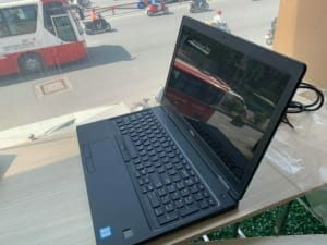 Thiết kế của Dell Latitude 5580